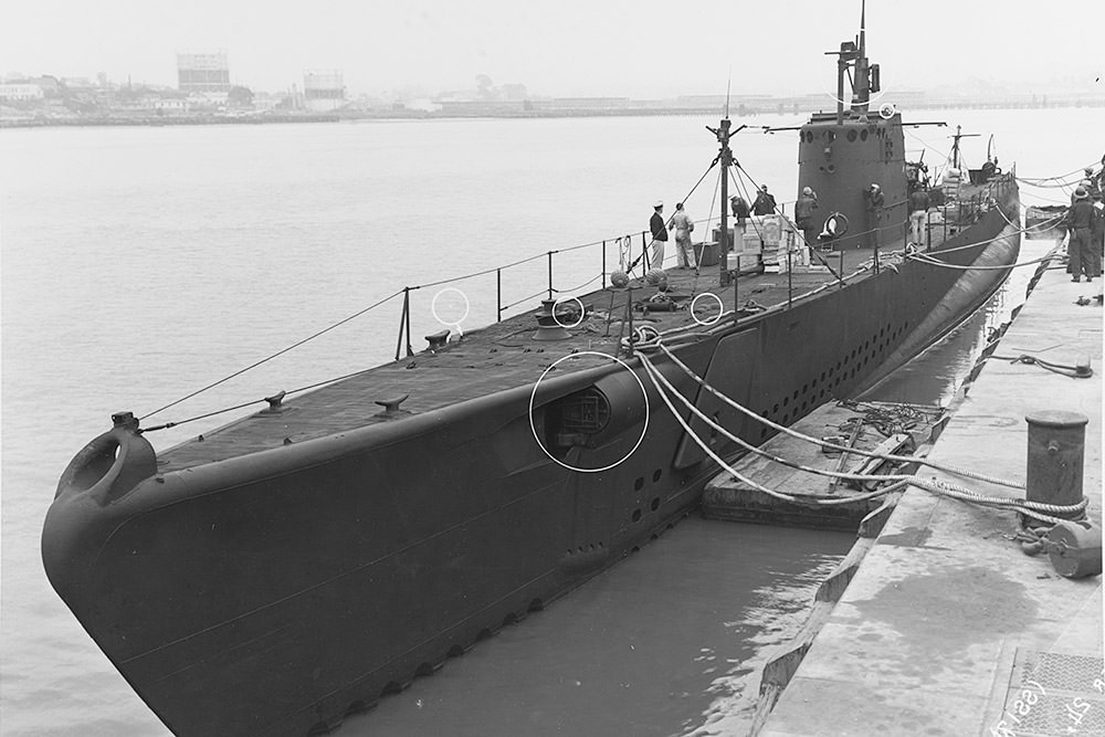 USS Tarpon on September 24, 1942, at the Mare Island Navy Yard, California, at the conclusion of an overhaul